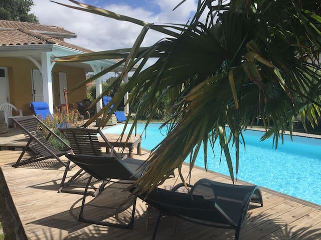 Villa de caractère, de 130m2 piscine sur le Bassin