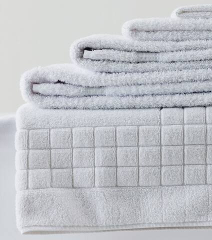Fresh professionally laundered towels provided