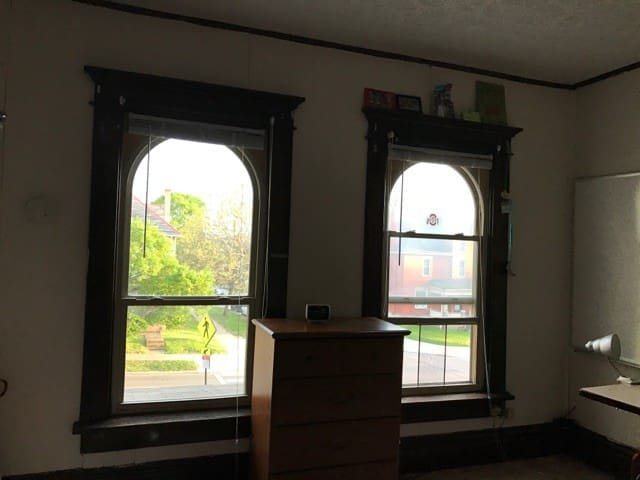 Spacious room, perfect for a summer in Columbus - Columbus - House