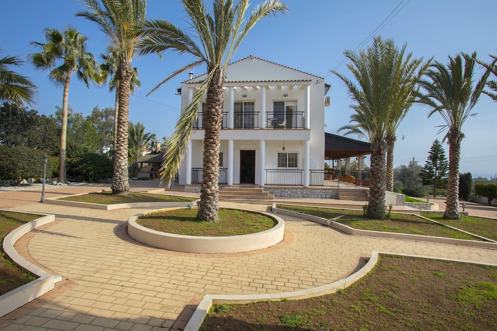 Villa K10