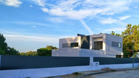 New Modern house with swimming pool