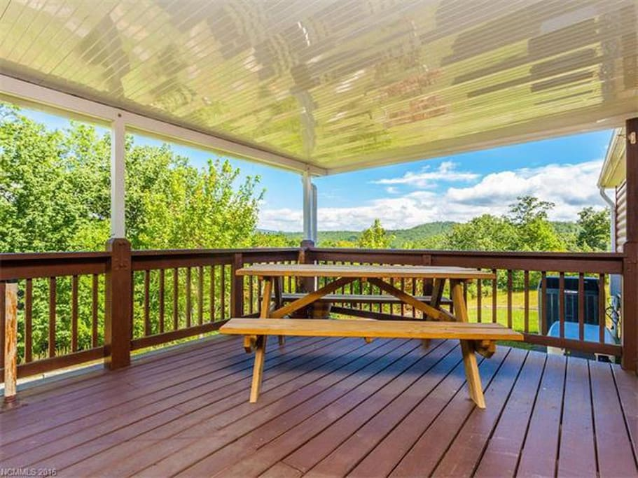 Beautiful deck to enjoy a good cup of coffee or tea and a yummy homemade scone or muffin!