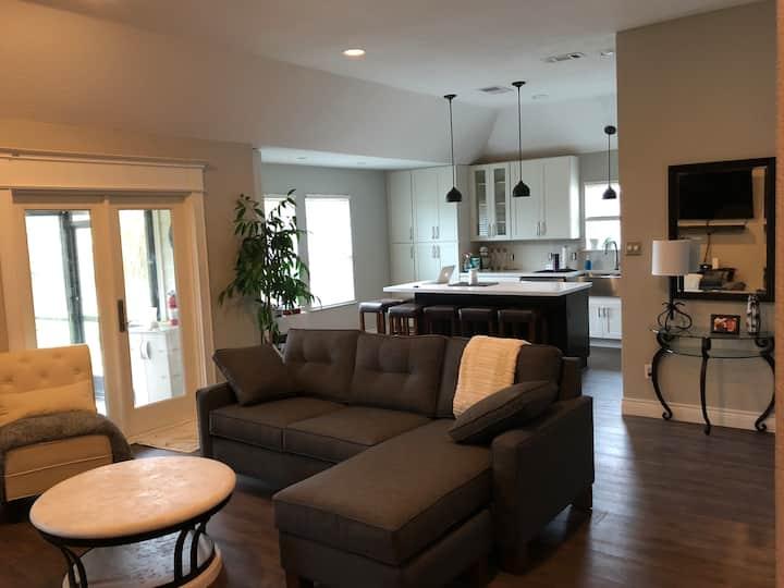 Contractors! Comforts of home