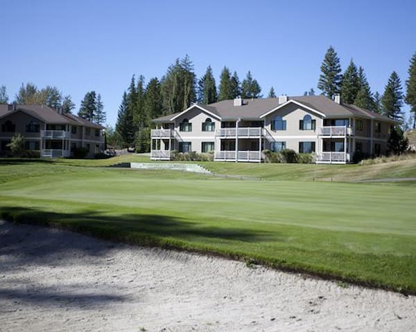 Great ski and golf location