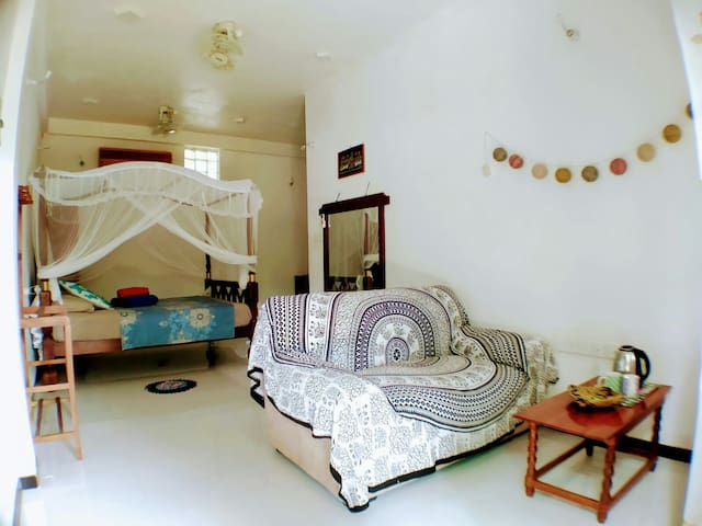 Lovely family room(a/c and hot water @Madiha guest