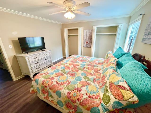 Bedroom 2: king bed w/ smart TV