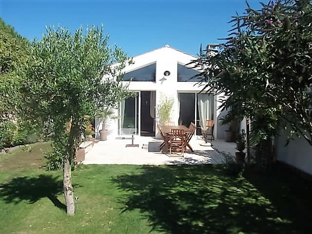 agréable maison avec terrasse et joli jardin - Le Grand-Village-Plage - 獨棟