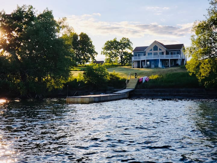 1000 Islands Paradise - Carleton Island 5+ Acres