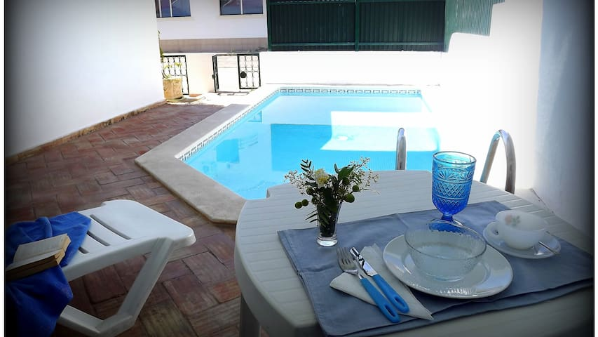 Villa with 3 bedrooms, pool, 5 min from the beach