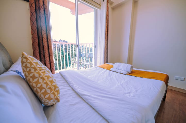 Superior Condo 4 Unit with Baguio Mountain View