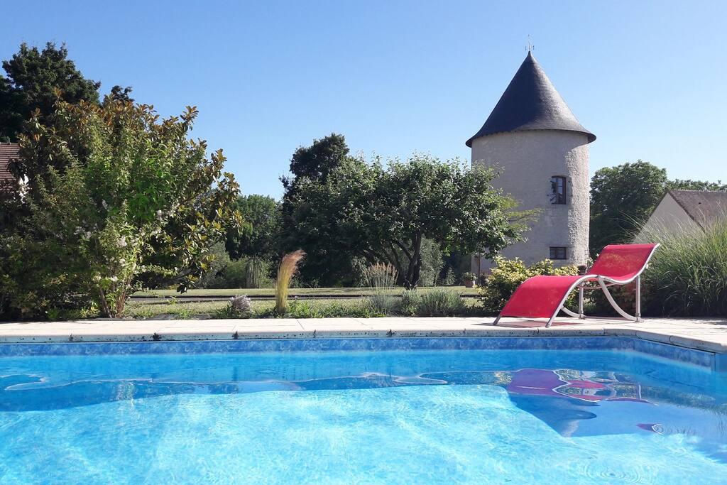 chambre d'hôtes La Tour Levoy avec piscine