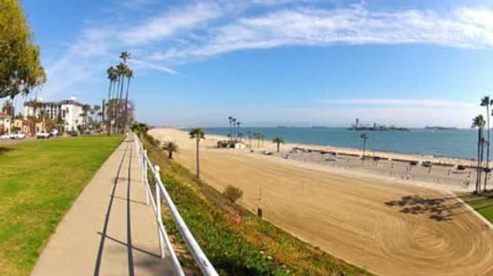 The Beach Retreat!  Private Apartment