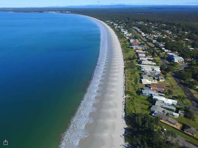 Callala Beach absolute beachfront - Callala Beach - Hus