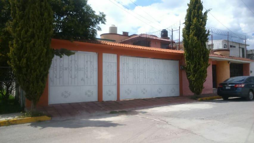 Tu casa en Teotihuacan - Teotihuacán de Arista - Casa