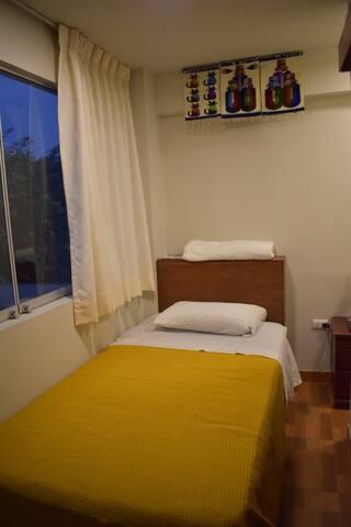 1 Bedroom B&B w/ roof top terrace in Surco, Lima!