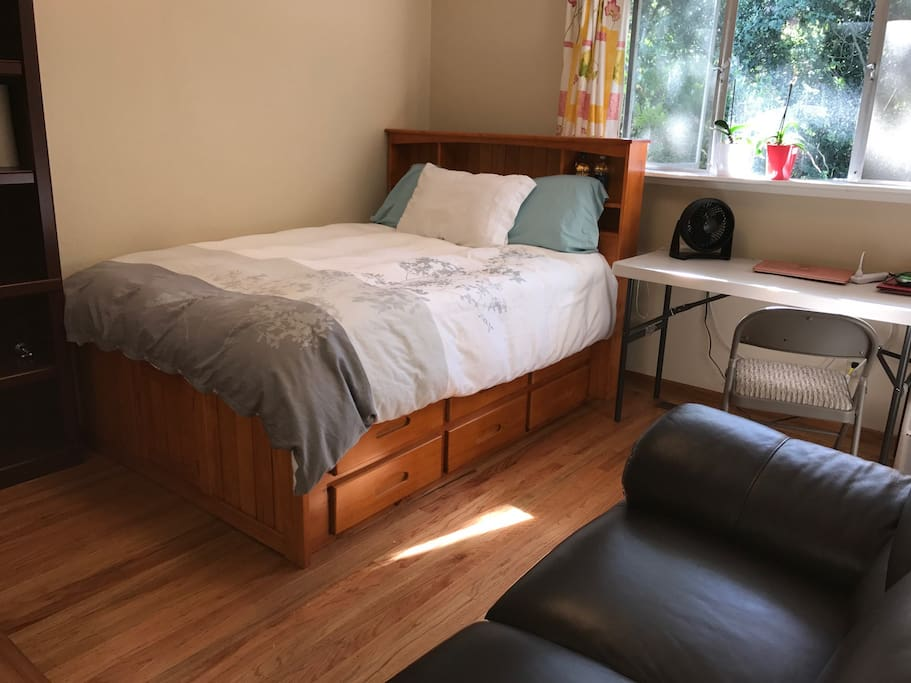 Rent Palo Alto Room For