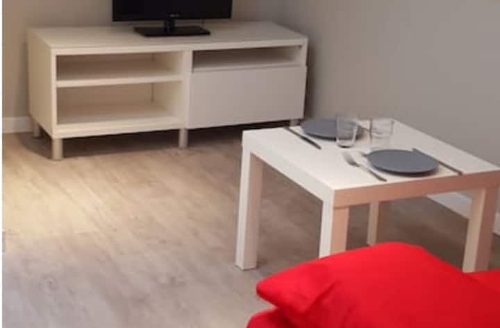 beau studio meublé Amberieu  Proche CNPE - PIPA