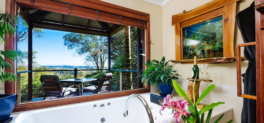 Lillypillys Cottages & Day Spa