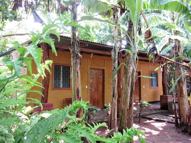 Dormitorio 2 - lake & kayak access