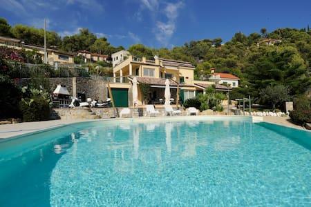 Appartamento in villa con piscina - Marina di Andora - Flat