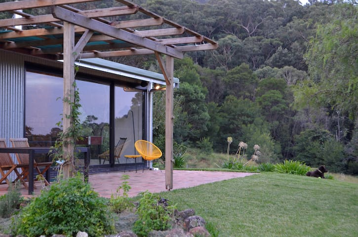Moosewood, renovated farm +100acres - Kangaroo Valley - Huis