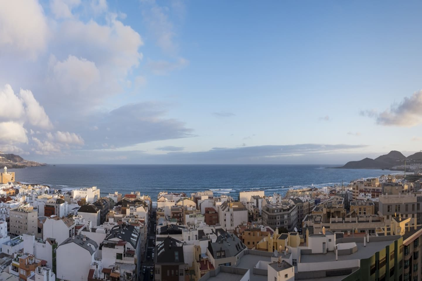 vistas REALES desde todas las ventanas. REAL Views from every room