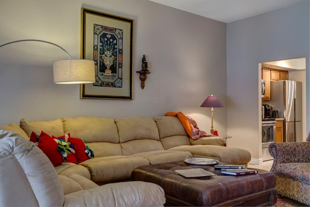 Sofa w recliner & Chaise