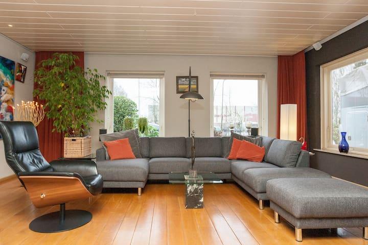 Fam. house 6 p. Aalsmeer /Amsterdam - Aalsmeer - Ev