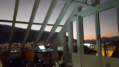 luxurious glass roof apt- tromsos best view
