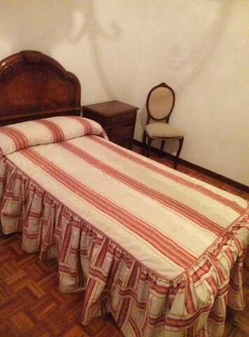 Habitación privada en el centro de Logroño - Logroño - Osakehuoneisto