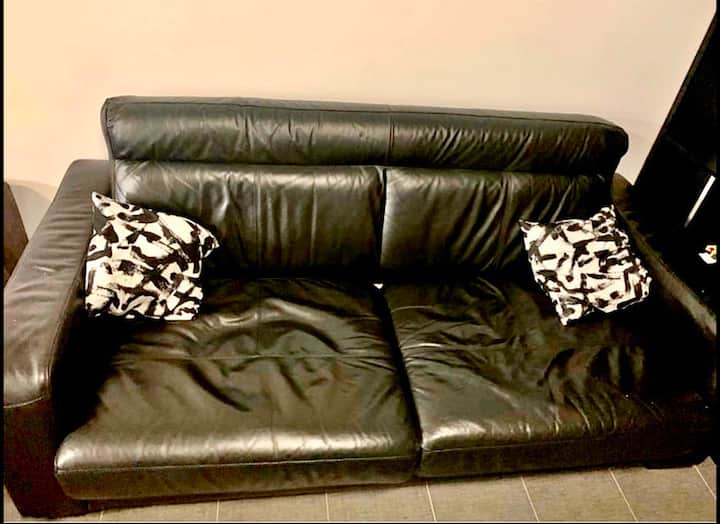 Black Futon (Females Only)