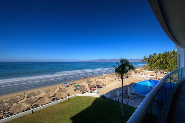 Condo Serena - Villa Magna Beachfront 5br 5.5bth