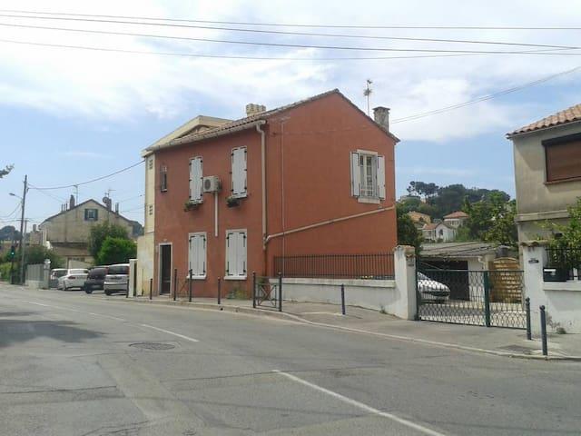 Bas de Villas Fort Napoléon La Seyne sur Mer