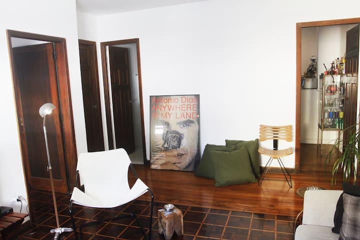 Lovely Laranjeiras Apartment