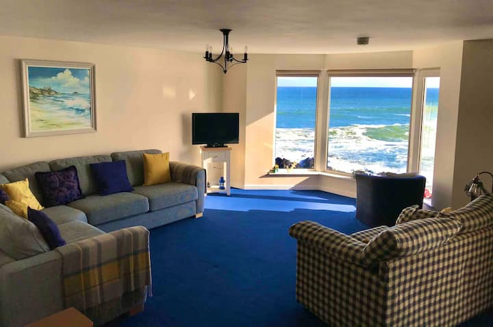 Beautiful Waterfront Apartment in Portstewart