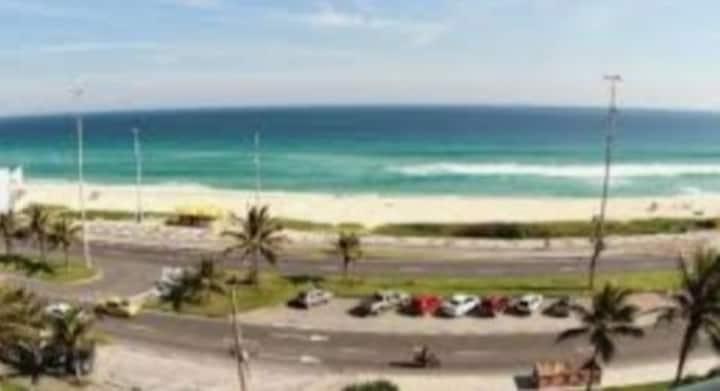 Apart  de  frente para praia da Barra da Tijuca