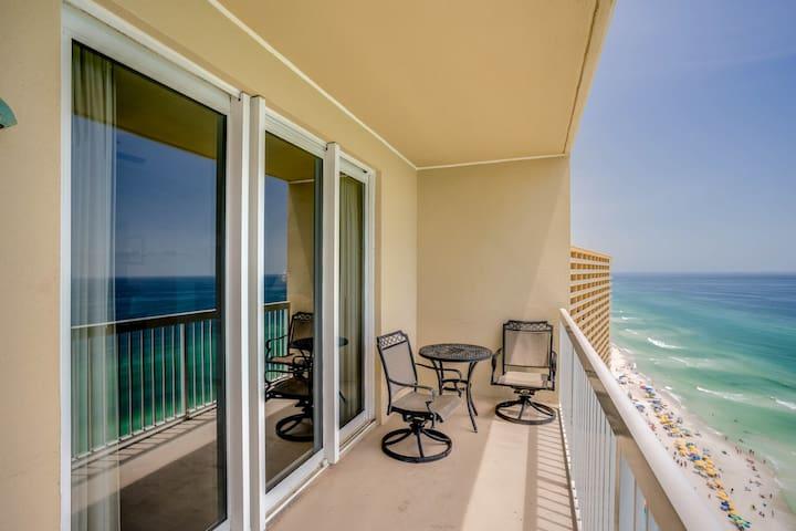 Cozy & colorful beachfront condo w/ a balcony, shared pools, & fitness center