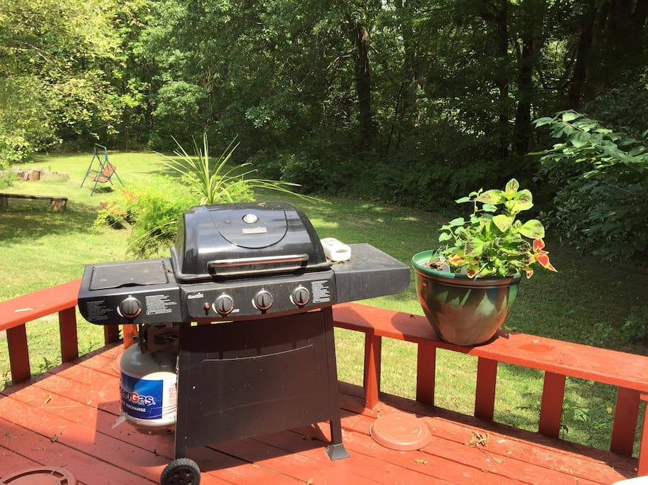You'll have access to a deck and gas barbecue grill during your stay.