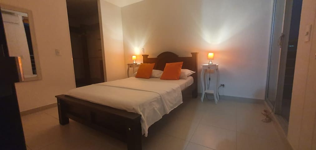 Full Furnished 3 bedroom apartment!
