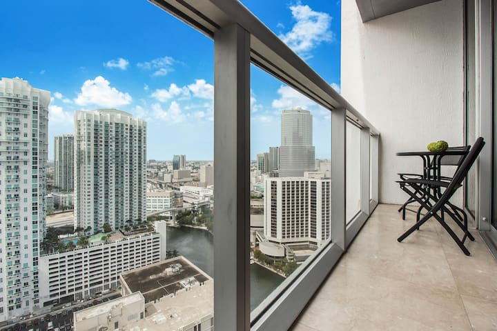 Amazing unit 2 beds Icon Brickell Waterviews! 30