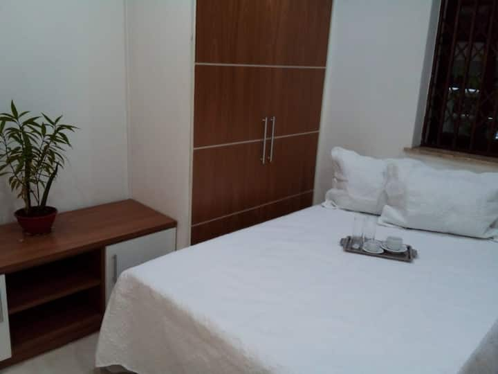 """""""Apartamento em Ipanema à 5 minutos da praia"""""""