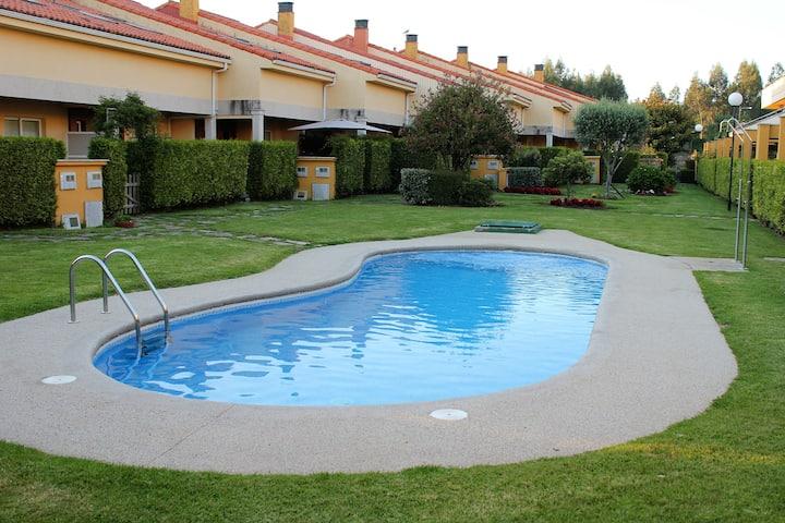 Villas del Náutico. Apertura piscina 01/07/2020