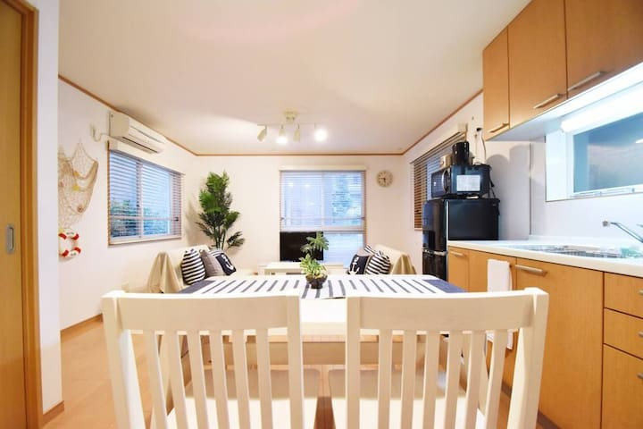 2LDK with Roof Balcony 9Bed for 18PAX Shinjuku