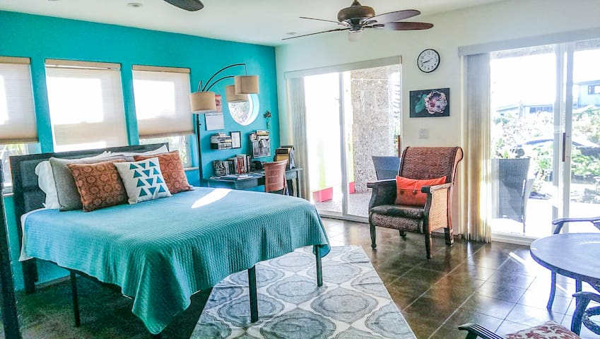 Cozy Studio Apartment I Near Ocean and Lava Flow
