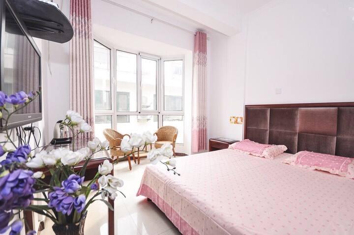 北戴河刘庄那年海岸宾馆落地窗大床房