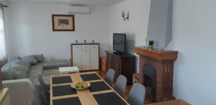 Apartman Max , 20 min. from capital city Zagreb