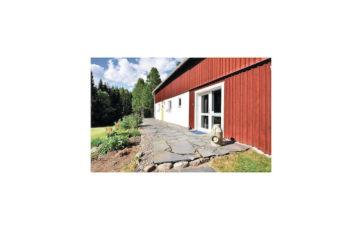 Beautiful home in Åmål with Sauna, WiFi and 3 Bedrooms