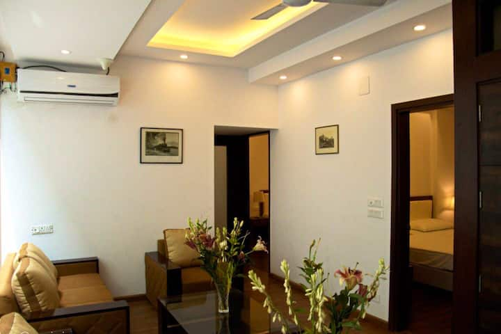 Room in B&B Main Aurobindo road Green Park Hkv