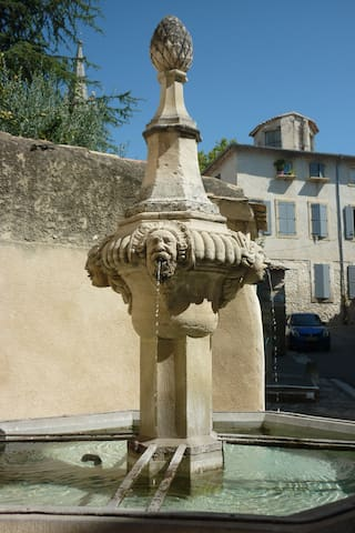 One of Pernes-les-Fontaines many famous fountains