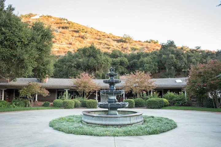Heavenly Oaks Ranch House - 1 mi to Sycuan Casino